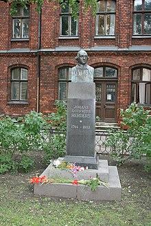 Ein Denkmal Herders in Riga (Quelle: Wikimedia)