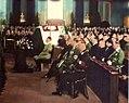 Hitler uczestniczył również we mszy świętej na cześć Marszałka, jaką odprawiono 18 maja 1935 r. w Katedrze św. Jadwigi w Berlinie przy symbolicznej trumnie Józefa Piłsudskiego. W uroczystości wzięli udział przedstawiciele.jpg