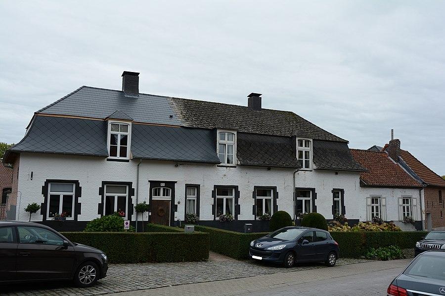 Hoeve De Nieuwe Kam, Dorpsstraat 32, Gooik