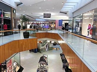 Holyoke Mall at Ingleside - Image: Holyoke Mall, Jan 2015