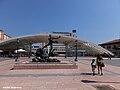 Hombre sobre delfín, Oviedo.jpg
