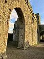 Hore Abbey, Caiseal, Éire - 31644849397.jpg