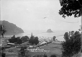 Waiwera Hot Pools - Hot Springs Hotel, Waiwera, early 1900s