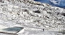 Il paesaggio delle cascate termali di Pamukkale, in Turchia, patrimonio dell'umanità