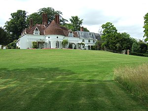 Houghton Lodge - Image: Houghton Lodge east face 1