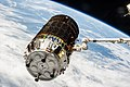 ISS-36 HTV-4 berthing 4.jpg
