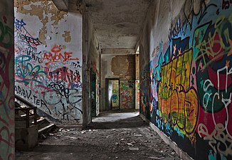 Inside an abandoned military building in Fort de la Chartreuse, Liege, Belgium (DSCF3393-hdr).jpg