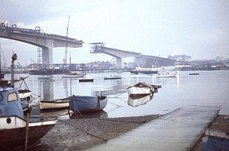 Itchen Bridge - The bridge under construction