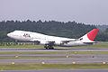 JAL B747-400(JA8077) (3581025163).jpg