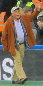 Jimmy Greaves at Cheslea FC December 2011 (crop).jpg