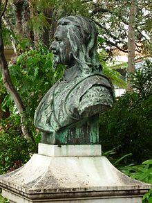 ee956d948 Busto em bronze de João Fernandes Vieira