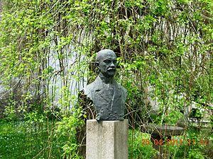Jovan Cvijić - Statue of Cvijić in Belgrade