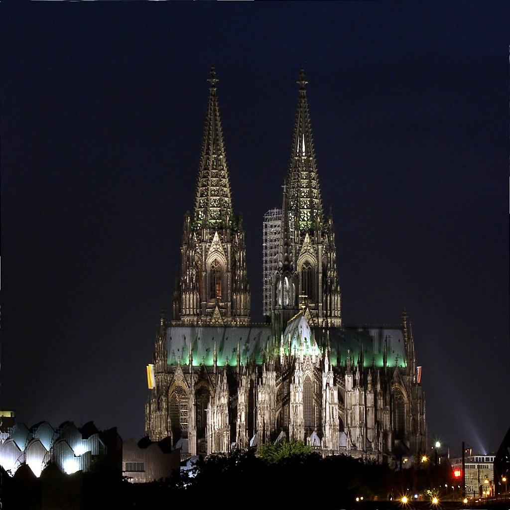 File Kolner Dom Bei Nacht 2 Jpg Wikimedia Commons