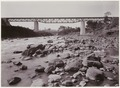 KITLV - 28616 - Kurkdjian - Soerabaja - Two bridges. In the foreground a railway bridge over a river in Java - circa 1912.tif