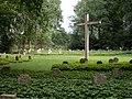 Kamp-Lintfort-Soldatenfriedhof Niersenberg 09.jpg