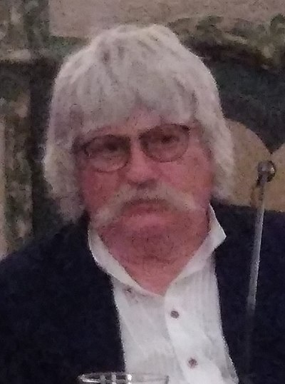Picture of a band or musician: Karl Jenkins