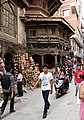 Kathmandu-Old City-40-Altstadthaeuser-Kupfer-Messing-2014-gje.jpg