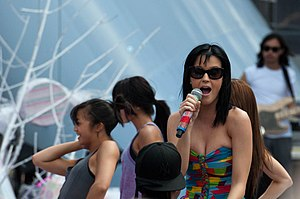 California Gurls - Perry in a soundcheck at the MuchMusic Video Awards in 2010