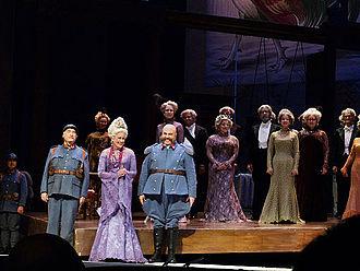 Kiri Te Kanawa - Kiri Te Kanawa with cast members of La fille du régiment at the Metropolitan Opera, 24 December 2011