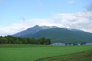 Lenvik - Image: Kistefjellet i Lenvik (3)