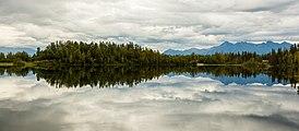 Lago de las Reflexiones, Palmer, Alaska, Estados Unidos, 2017-08-22, DD 20.jpg