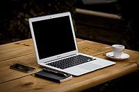 Late 2010 MacBook Air.jpg