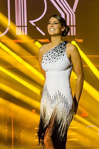 Laury Thilleman - Laury Thilleman during Danse avec les stars Tournée in Lyon