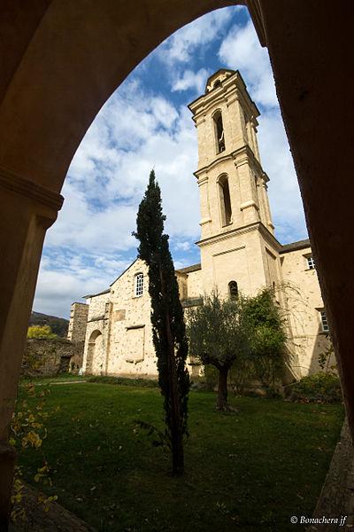 Piazzali, Castagniccia (Corse) - Le cloître du couvent d'Alisgiani