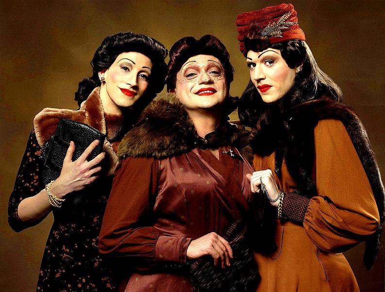 File:Le sorelle Marinetti.jpg
