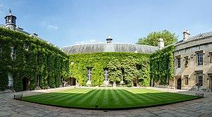 Lincoln College, Oxford - Image: Lincoln College Quad, Oxford, UK Diliff