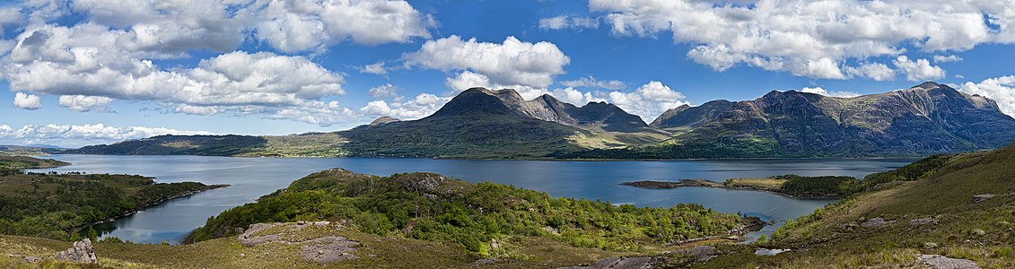 Loch Torridon, Panorama with 7 Images.
