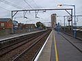 London Fields stn look north2.JPG