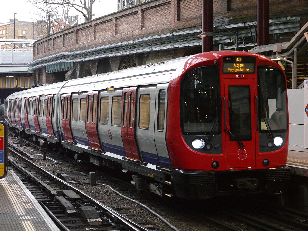 1200px London_Underground_21319