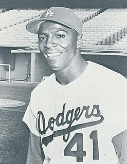 Lou Johnson American baseball player