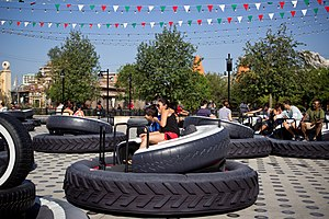 Cars Land - Luigi's Flying Tires