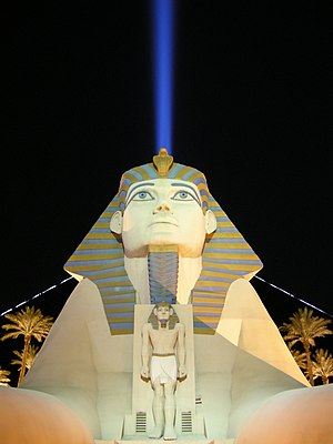 Luxor hotel & casino by night