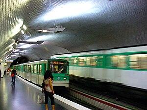Mirabeau (Paris Métro) - Image: Métro de Paris Station Mirabeau