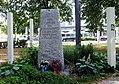 München, Platz der Freiheit, Gedenkstein, 1.jpeg