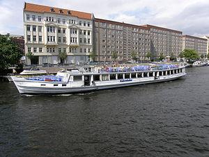 MS Kehrwieder 2011-06-21 Riedel ama fec.JPG