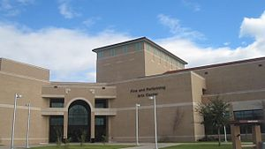 Texas A&M International University - Image: MVI 3066 TAMIU Performing Arts Building