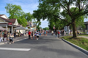 Pilot (Gilmore Girls) - View of Unionville's Main Street, where the pilot was filmed