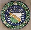 Maiolica di faenza, piatto con stemma, 1532.JPG