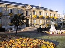 Mairie de Houilles.JPG