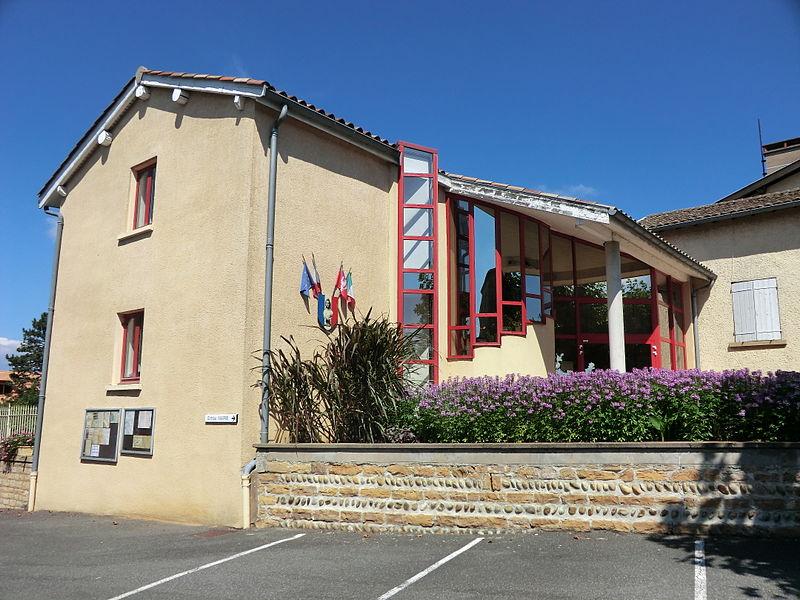 Mairie de Massieux.