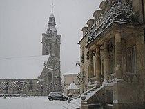 Mairie et église de Viarmes.JPG