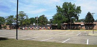 Manalapan High School - Image: Manalapan High School, NJ (1)