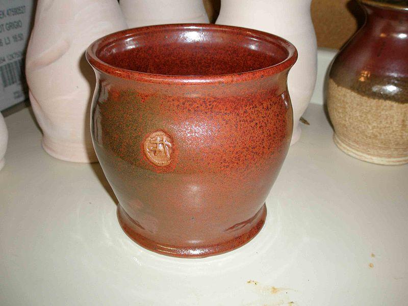 Doniczki ceramiczne do przesadzania