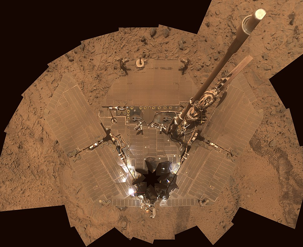 Mars Spirit rover%27s solar panels covered with Dust - October 2007