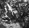 Mevrouw Joy Boogh in de voormalige Jodensavanna aan de Surinamerivier, Bestanddeelnr 252-6931.jpg