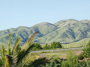Diablo Range - The south edge (mostly Monument Peak) of the Mission Ridge as seen from Milpitas.